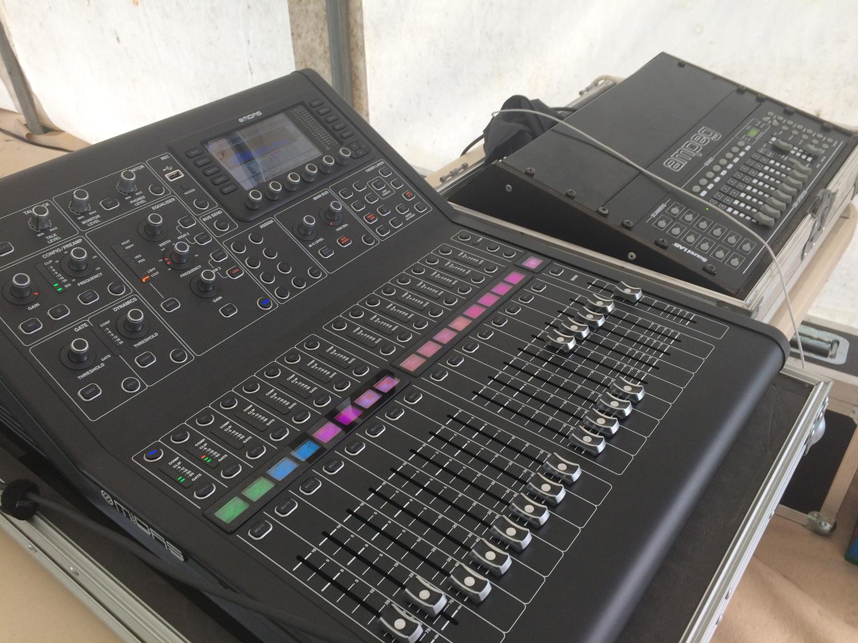 Midas M32R mixing console