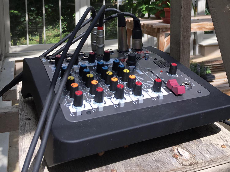 Allen & Heath ZED6-FX Mini Mixer